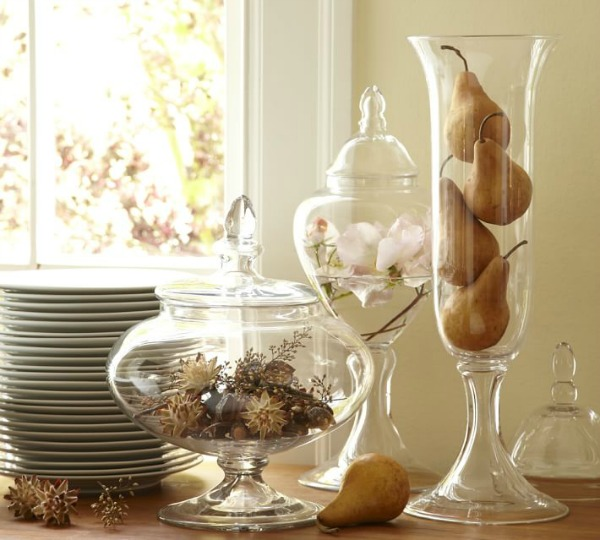 Apothecary Home Decor: Decorating With Apothecary Jars