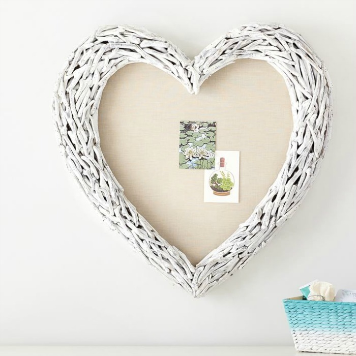 White driftwood heart pinboard - so cute for a girl's room!