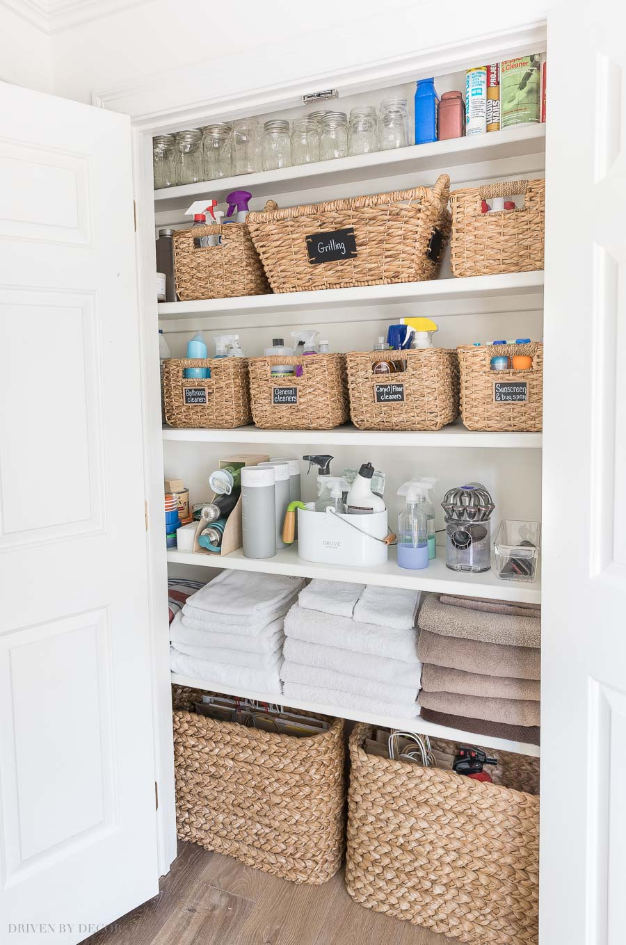 These small square seagrass baskets work so well for organizing my cleaning products so they're easy to find!