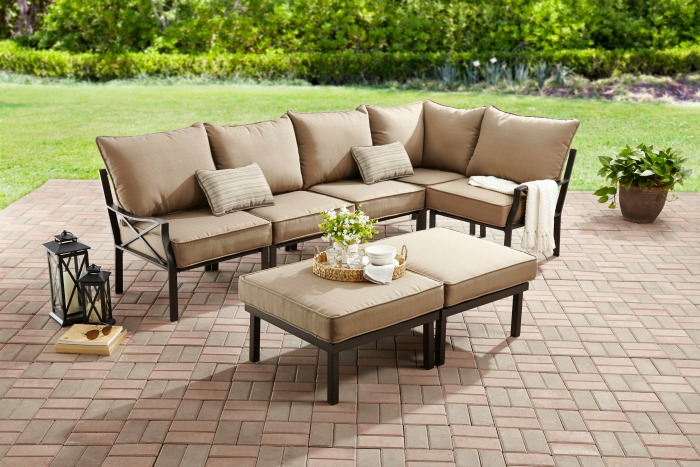 Inexpensive, highly rated outdoor sectional!