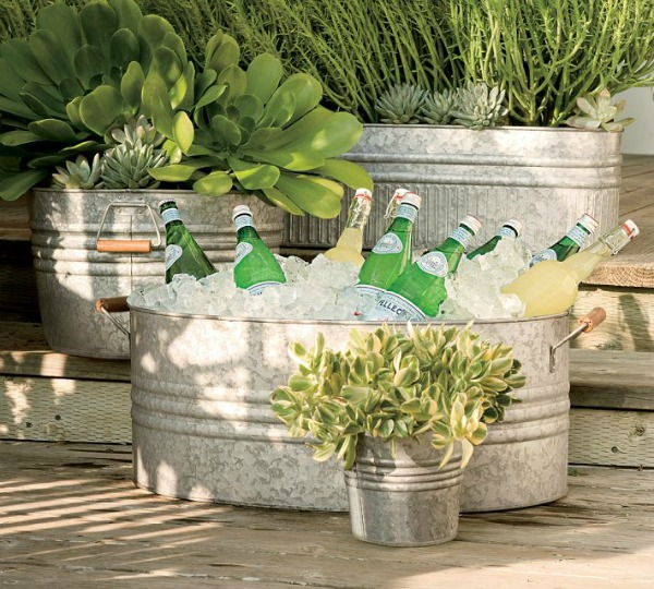 Galvanized planters - perfect for plants or even chilling drinks for outdoor entertaining!