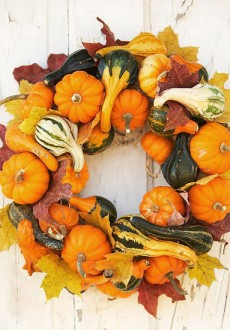 Decorating Your Outdoor Entry for Fall