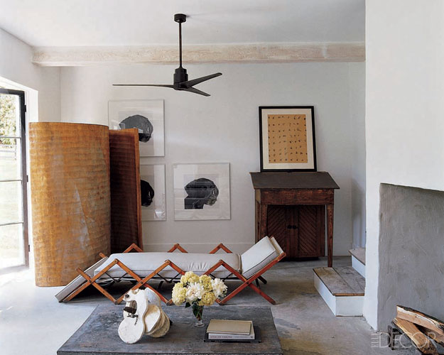 A Simple Black Fan Completes This Space Elle Decor