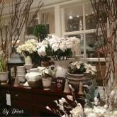 Pottery-Barn-Christmas-holiday-display-poinsettia-WM