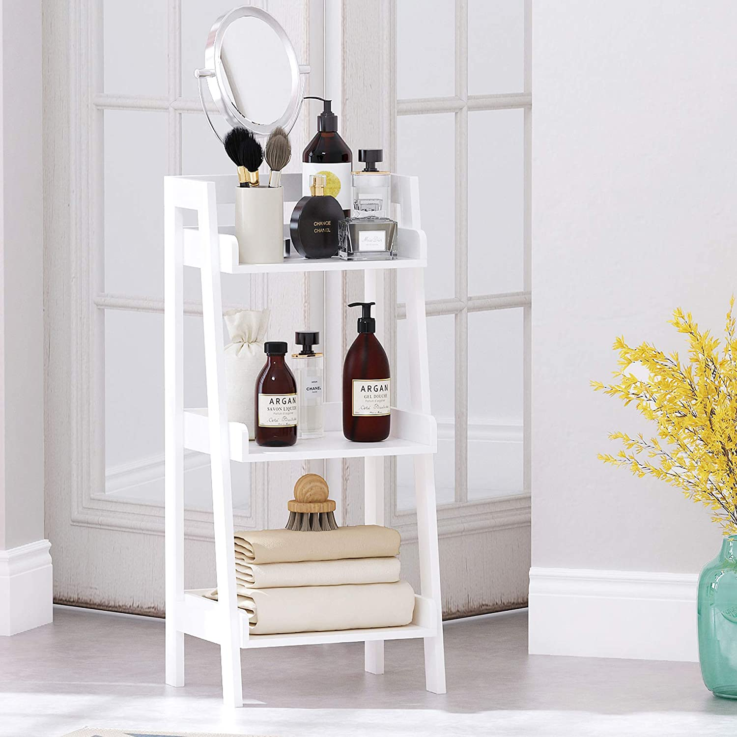 This darling ladder shelf would make the perfect unique nightstand!
