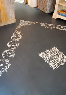 Using Annie Sloan Chalk Paint on Floors