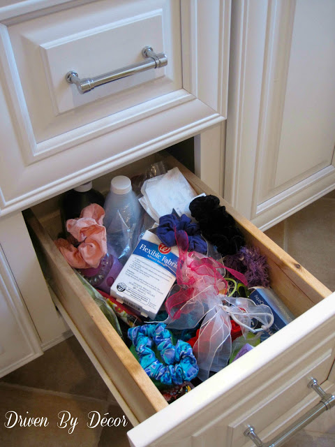 Diy Organizer For Hair Accessories Driven By Decor