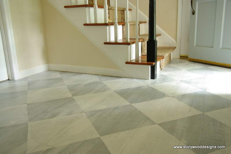 Love how she used Annie Sloan Chalk Paint on her floors in a two color checkerboard pattern!