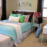 Tween-bedroom-pb-peace-quilt-WM