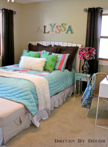 House Tour: Tween Bedroom
