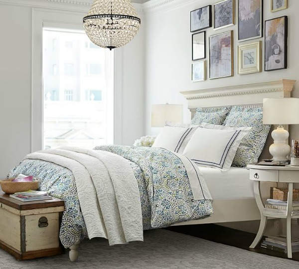 Ideas For How To Decorate The Space Above Your Bed