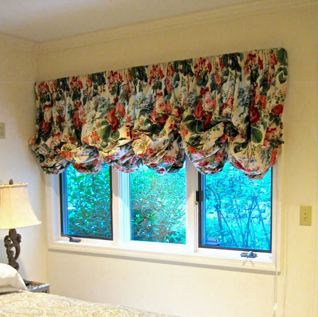 Floral balloon window valances