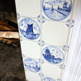 blue-white-fireplace-tile-WM