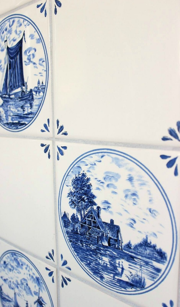 Faux blue and white delft tile
