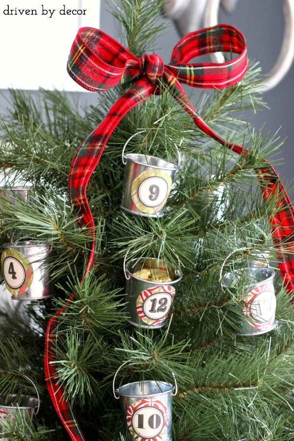 Christmas Tree Advent Calendar - Daily Treats in Mini Galvanized Buckets