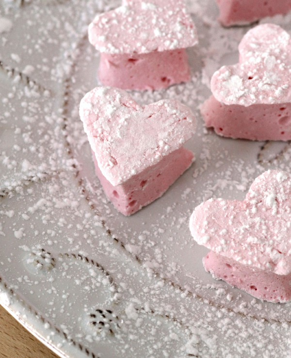 Homemade heart marshmallows - sooo delicious!