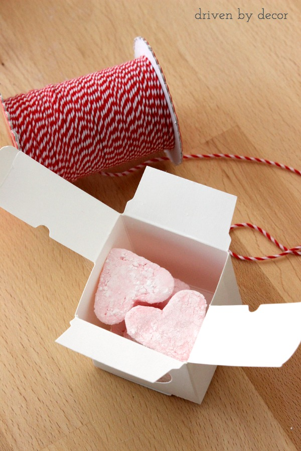 Package up a few homemade marshmallow hearts for the perfect mini Valentines gift