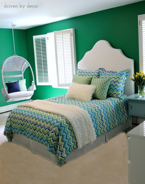 Tween bedroom in bold shades of green, blue, and yellow