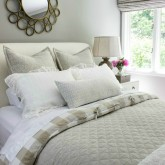 How to make a beautiful bed in 8 easy steps