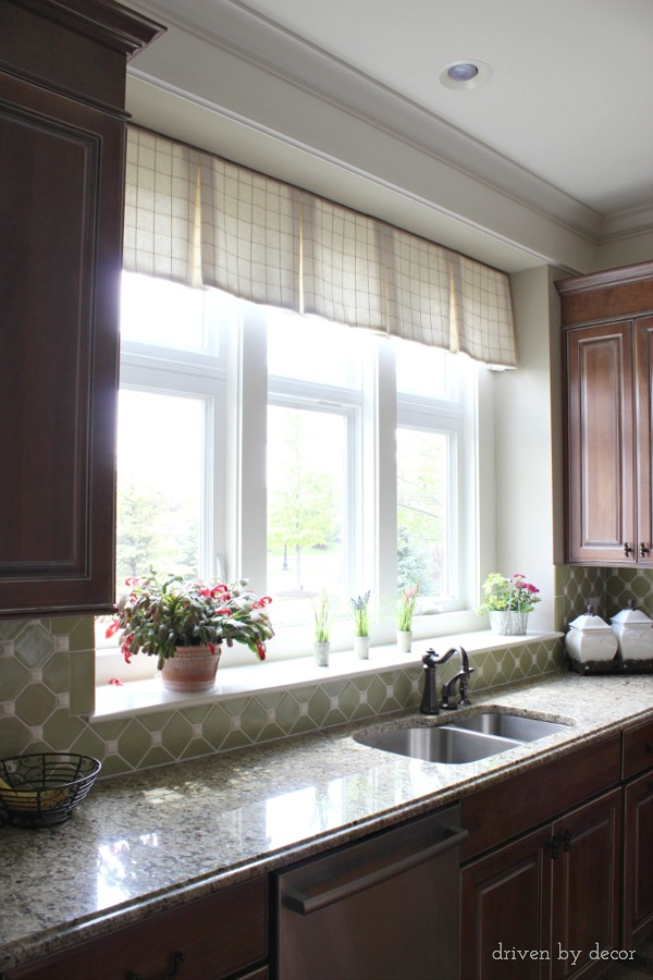 Tailored valence over kitchen window