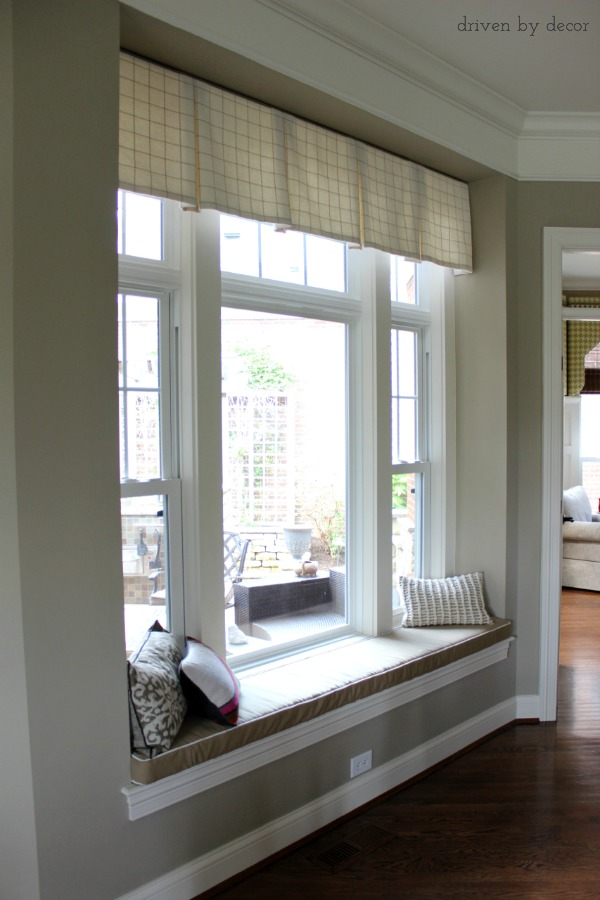 Tailored valence over window seat