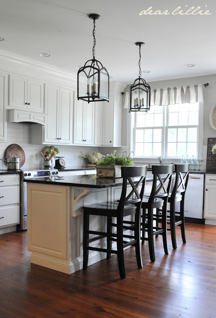 Black Pearl Granite With White Cabinets Isn T It Gorgeous Jennifer Holmes Of Dear Lillie
