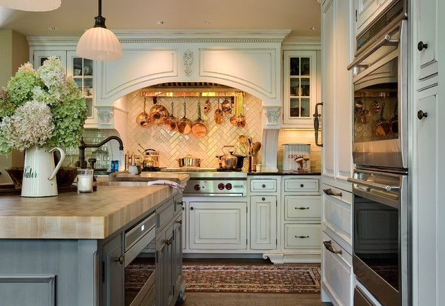 wood copper kitchen accent design | Copper in the Kitchen | Driven by Decor