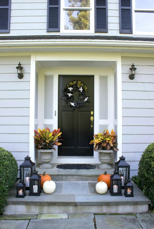simple halloween porch decorations love - How To Decorate House For Halloween