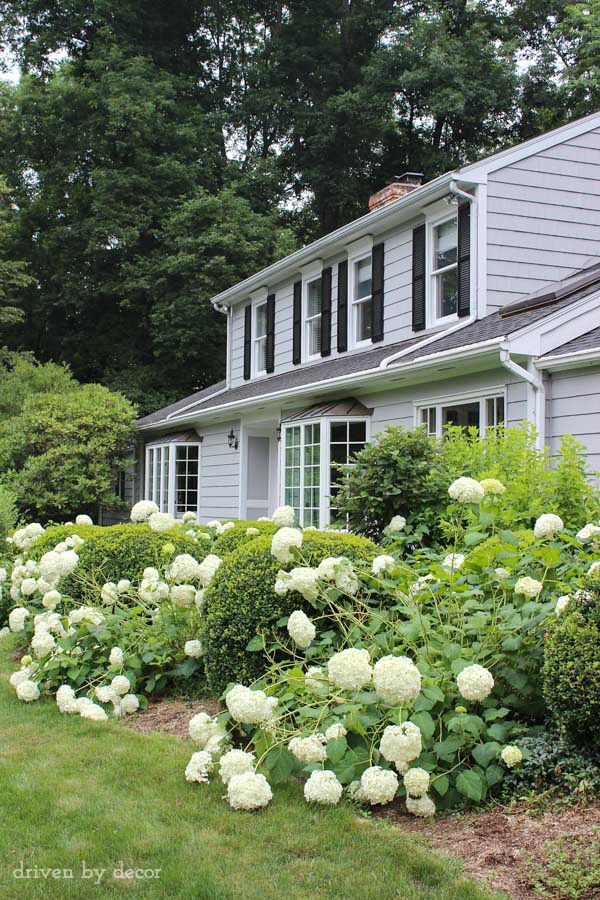 Love this gray exterior paint color - Benjamin Moore Coventry Gray