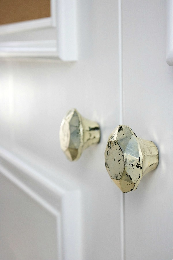 Love these closet door knobs (from Hobby Lobby!)