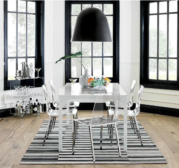 Acrylic dining chairs - love this look!