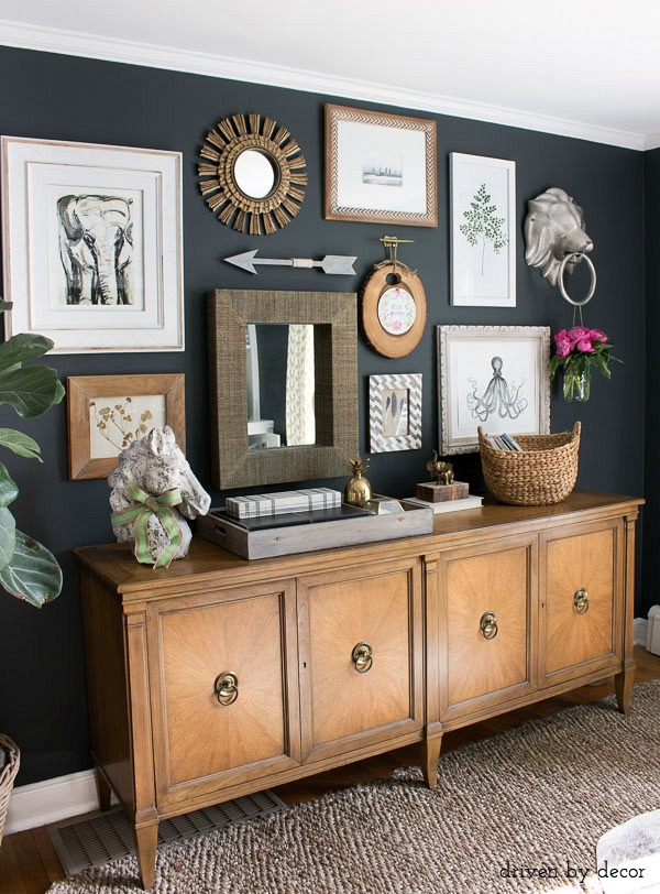 This dark charcoal paint color is one of the five recommended in this post - love!