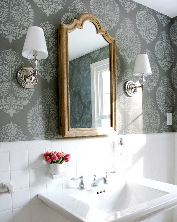 Tip for decorating with neutrals - bring in pattern with fabrics or even on the walls!