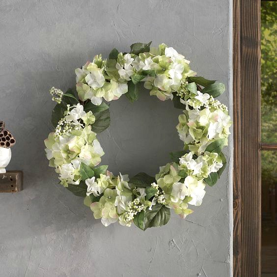 Gorgeous spring wreath with hydrangeas and berries - perfect for your front door!