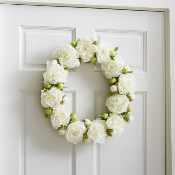 Gorgeous white peony spring wreath! The perfect spring wreath for front door!