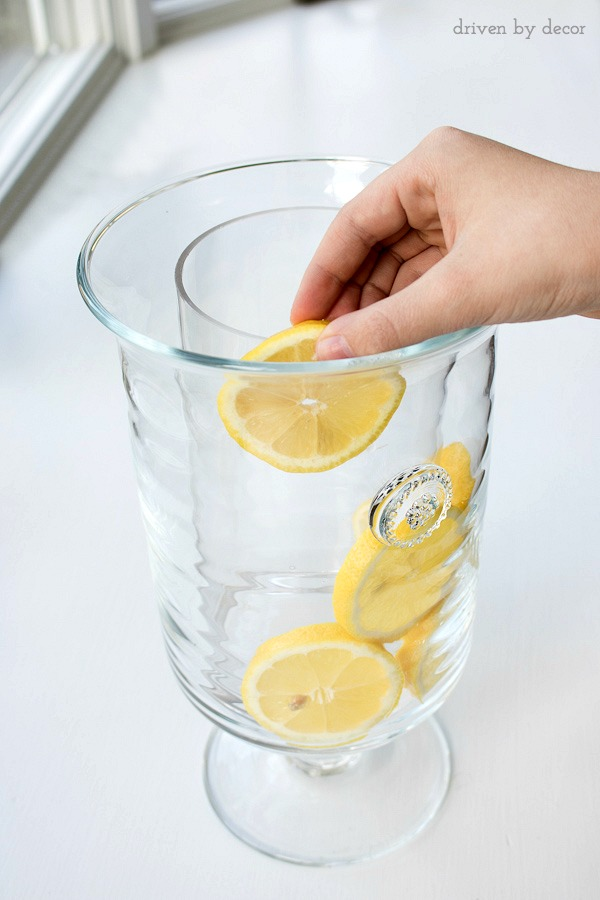 Get the gorgeous look of a lemon filled vase without killing your flowers - this post tells you how!!