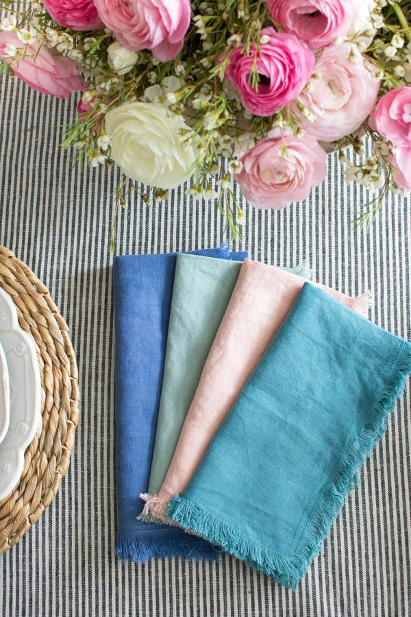 Gorgeous fringed linen napkins for a spring tablescape