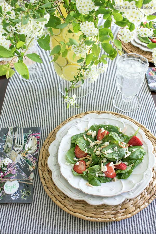 This salad is delicious!! Post includes the simple recipe!