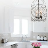 Fabulous ceiling pendant over kitchen island (source linked in post)