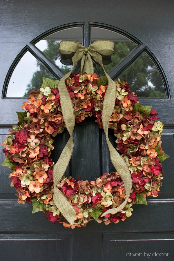 Gorgeous fall hydrangea wreath for your front door! Source included in post!