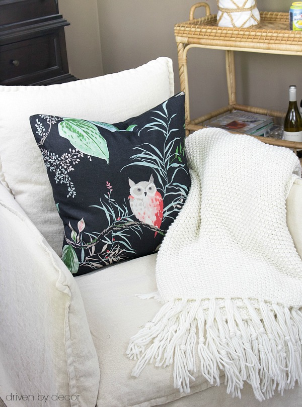 Love this pillow and plush throw combo - post includes links to both