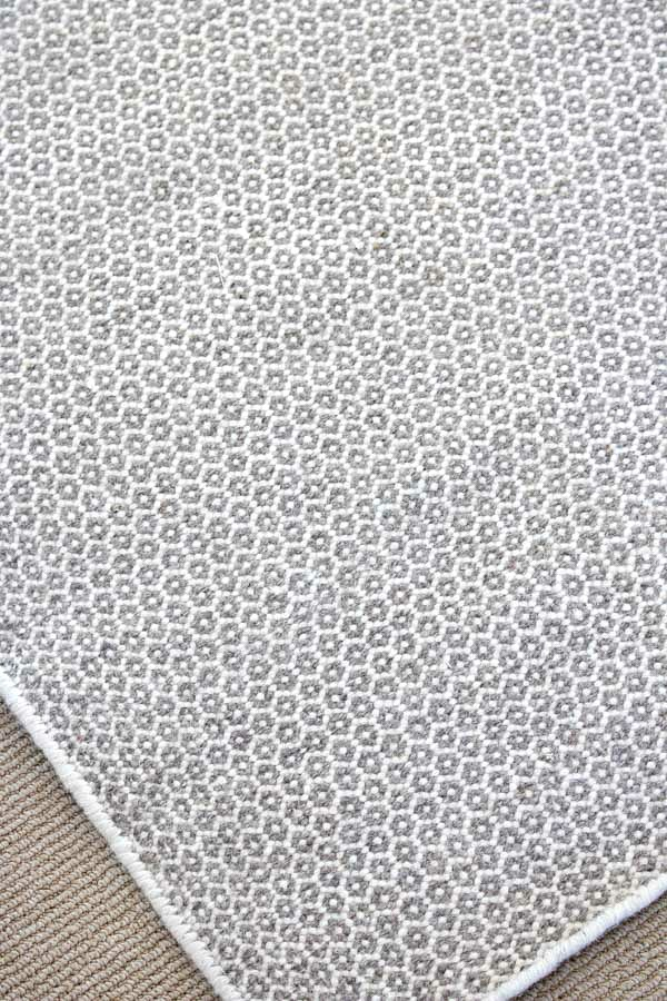 Dash and Albert Gray and White Honeycomb Rug