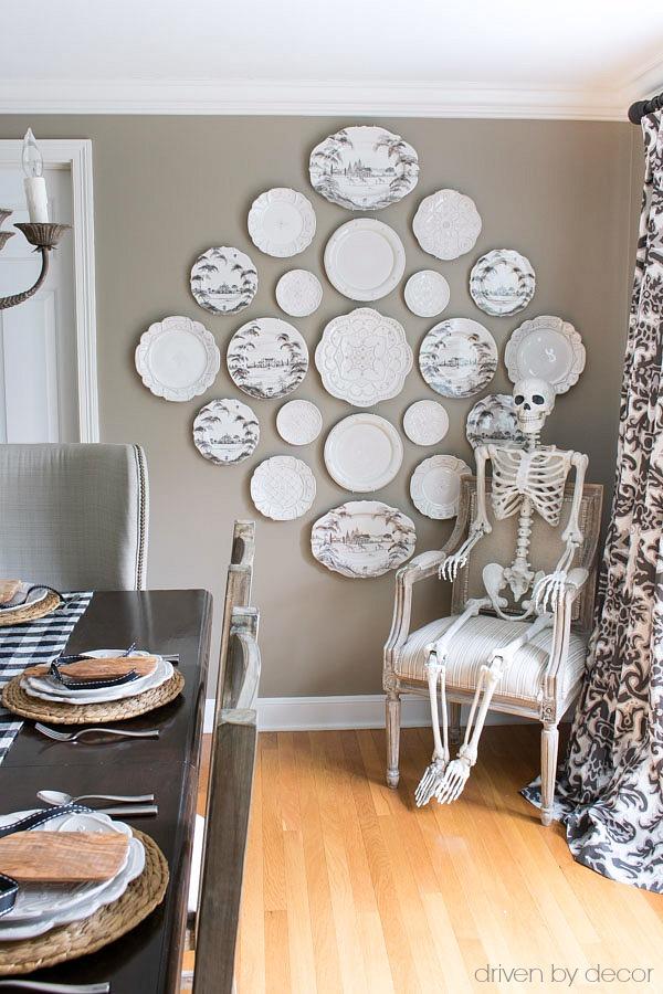Posable skeleton for Halloween decoration - love!