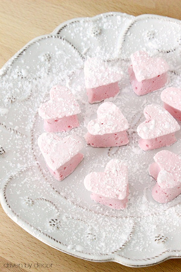 Homemade heart marshmallows - yum! Will have to try these!