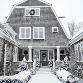 Gorgeous Cape Cod home at Christmas - Old Silver Shed