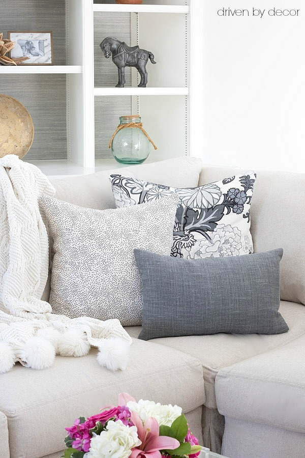 Arranging Throw Pillows On Bed : Pillows 101: How to Choose & Arrange Throw Pillows Driven by Decor