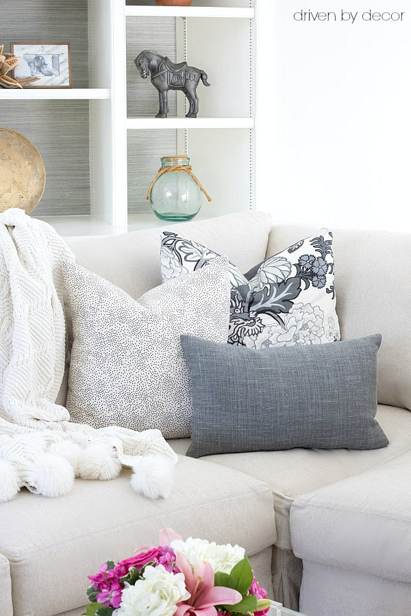 Loving All Of The Pillow Ing And Arranging Tips In This Post