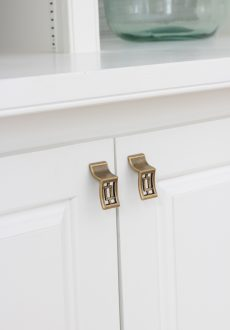 Kitchen and Bathroom Cabinet Knobs & Pulls (My 13 Faves!)