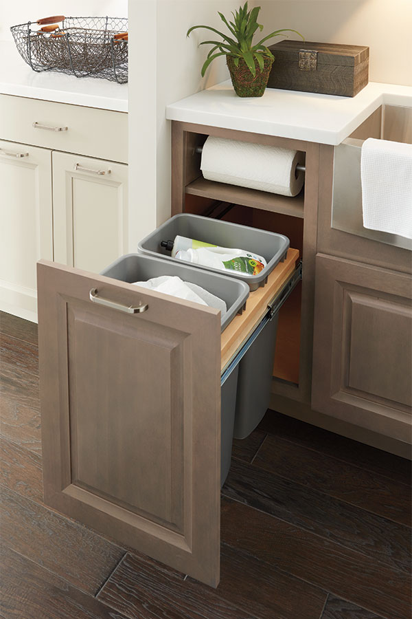 Kitchen Cabinet Base With Paper Towel Roll Holder Built In   I Need This For