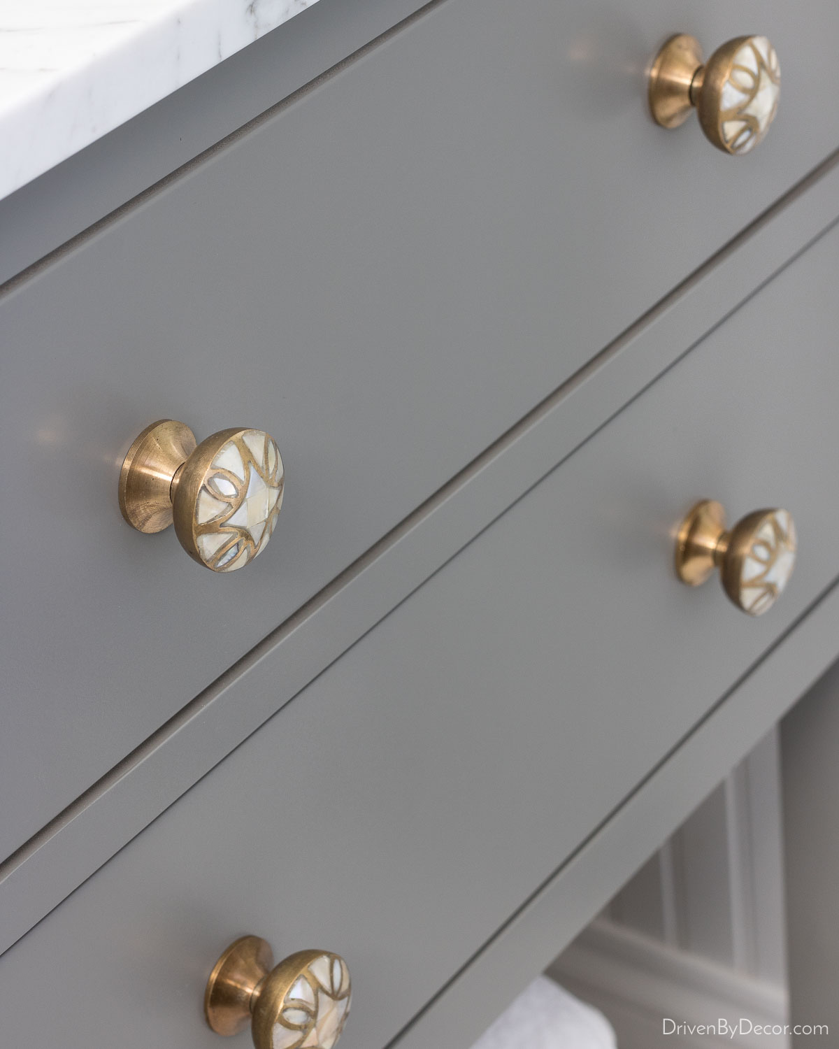 Gorgeous mother of pearl bathroom cabinet knobs
